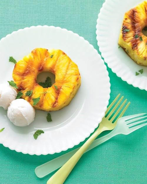Ananas grillé et sorbet coco - Martha Stewart