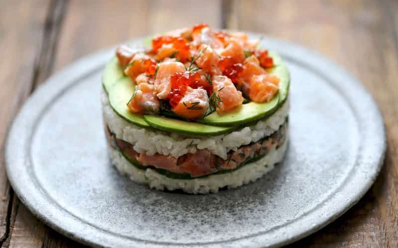 Le Sushi Cake : cette nouvelle façon de manger des sushis